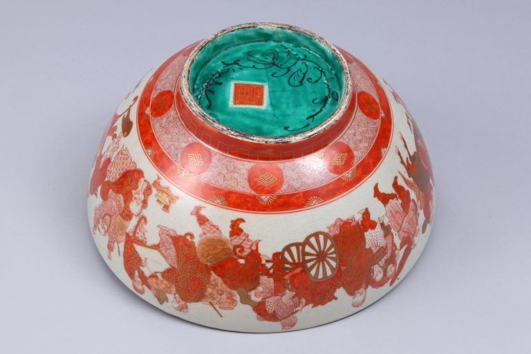 No.9  色絵草花人物図深鉢_02