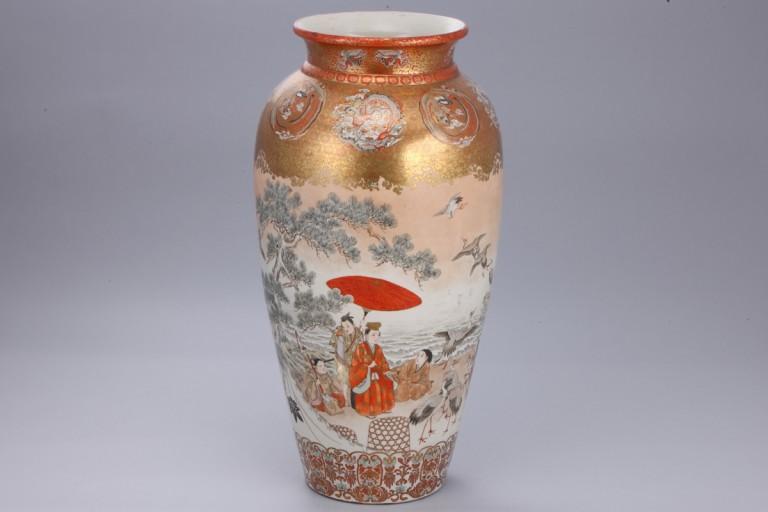 No.17 彩色公卿遊図大花瓶_01
